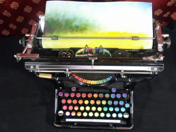 #Paint with a keyboard! This looks like fun. https://t.co/PHBEXNNN49 #art https://t.co/4KMiCK87Nm