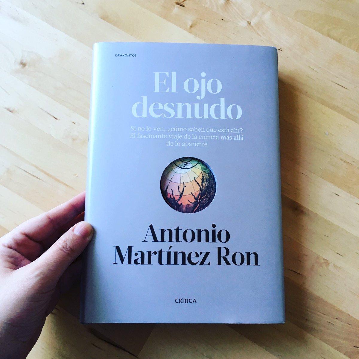 """Lo que la crítica dice sobre """"El ojo desnudo"""" http://www.fogonazos.es/2017/02/lo-que-la-critica-dice-sobre-el-ojo.html?m=1…"""