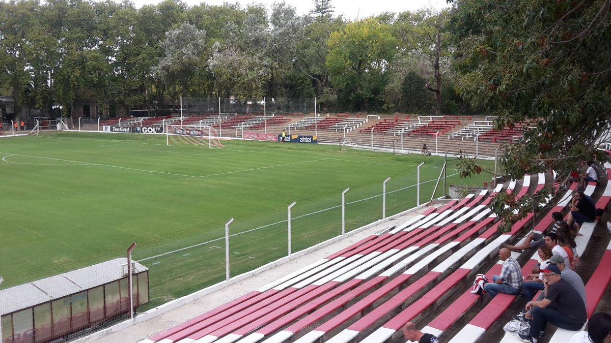 Resultado de imagem para Parque Federico Omar Saroldi Estádios