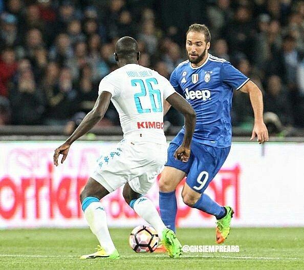 Serie A: Napoli Juventus senza vincitori. Hamsik risponde a Khedira