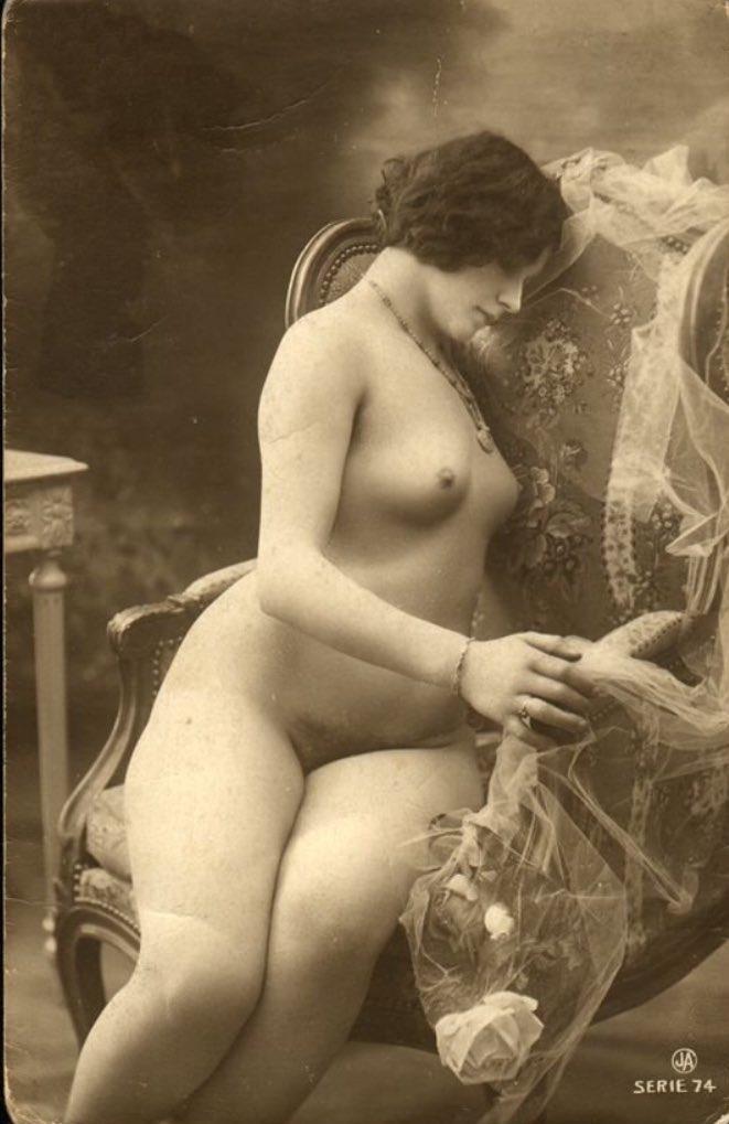 Naked Victorian Women Shagging