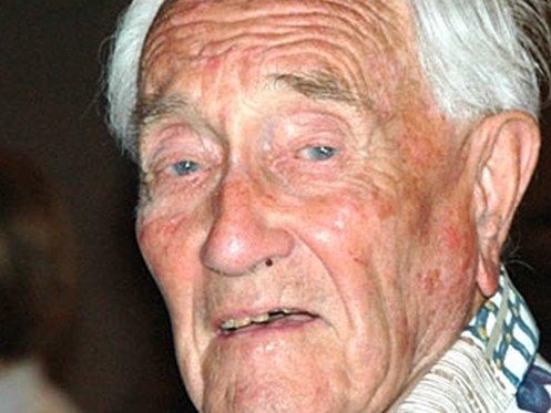 Happy Birthday  103 David Goodall  57 Hugo Weaving