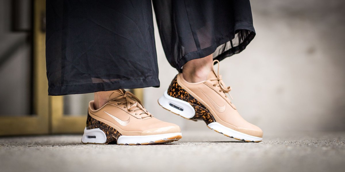 624bf64b7103 ... Nike Wmns Air Max Jewell LX - Vachetta Tan Vachetta Tan-White SHOP HERE  ...