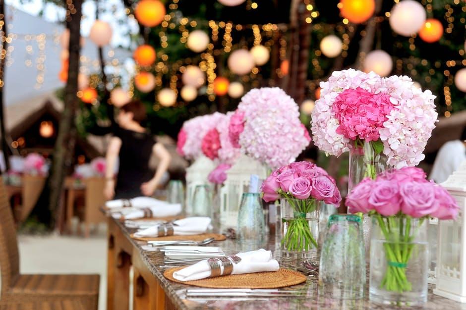 Podéis lograr que el día B sea especial e inolvidable para vuestros invitados teniendo en cuenta 6 cosas https://t.co/rgWa1QFpvR Vía@Nupcias https://t.co/IKGVNAR3N7