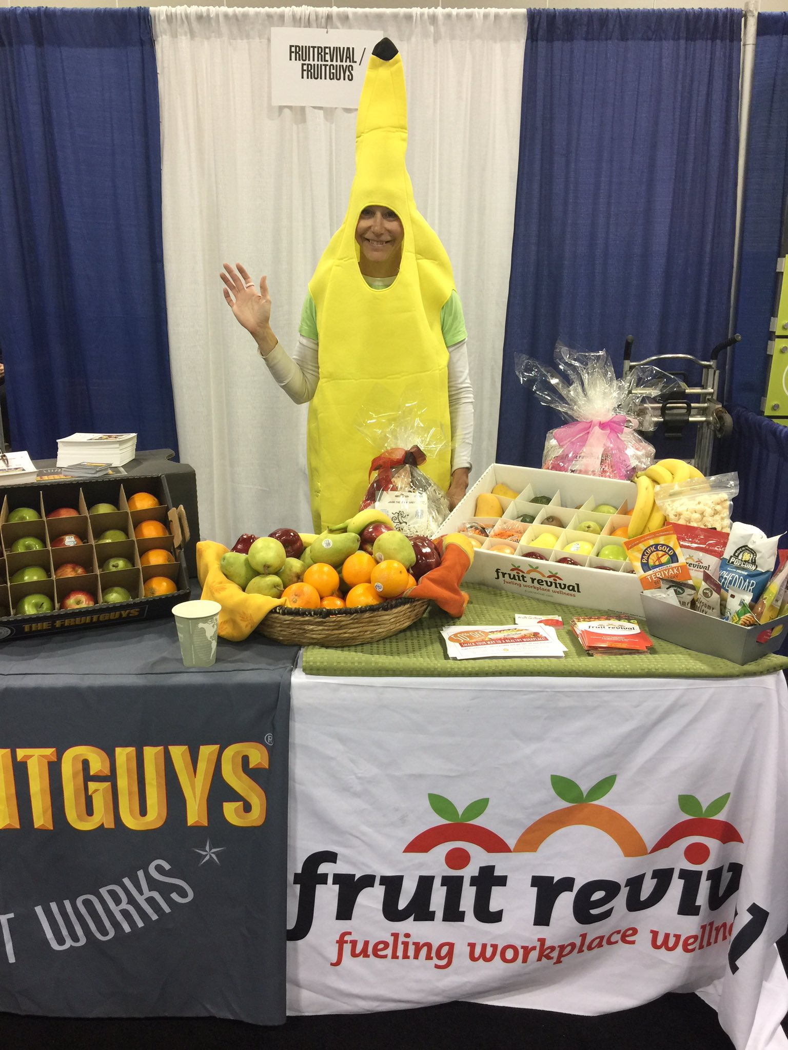 Loving the business partners at @ALABuzz #ALAConf17 check out @FruitRevival https://t.co/SYfZzf4Lll