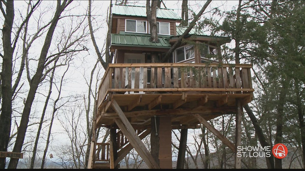 An overnight stay unlike any other at The Cottage treehouse in Hermann, MO https://t.co/rf3yAEZ5BU https://t.co/cG6ZakeDRB