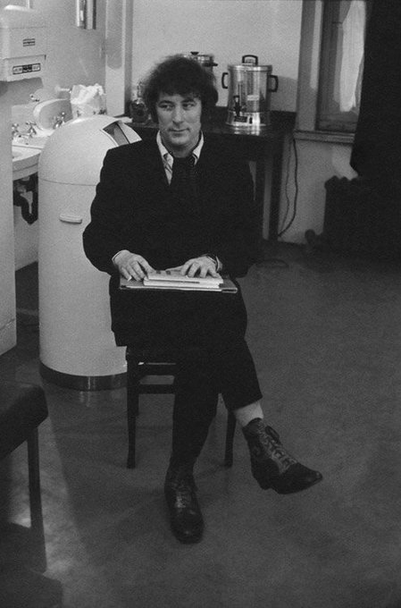 Between my finger and my thumb  The squat pen rests.  I ll dig with it.  Happy birthday to Seamus Heaney