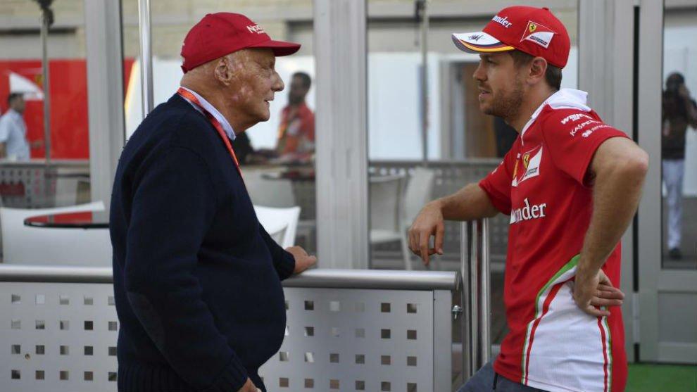 """Formula 1, Niki Lauda: """"il mio cuore è con Ferrari"""" indicando la monoposto di Vettel"""