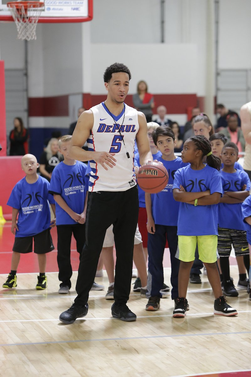 .@DePaulHoops Billy Garrett Jr. was honored Saturday at the Final Four and worked with @SteveNash & Special Olympics of Arizona on Sunday. https://t.co/ZuelvYAuFJ