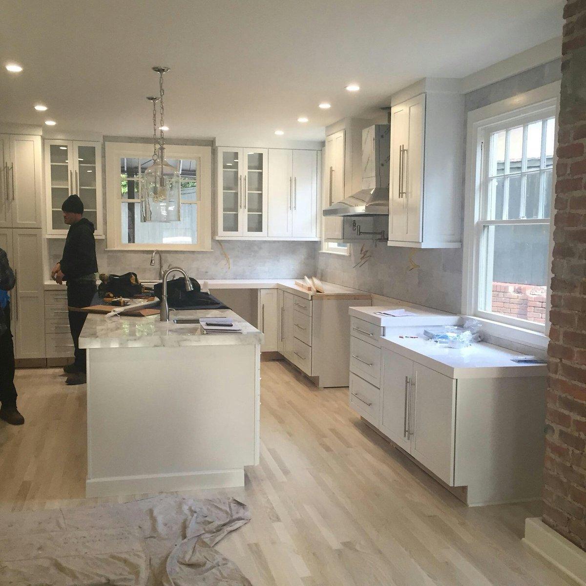 Regina Kitchen Cabinets: KraftMaid Cabinetry (@KraftMaid)