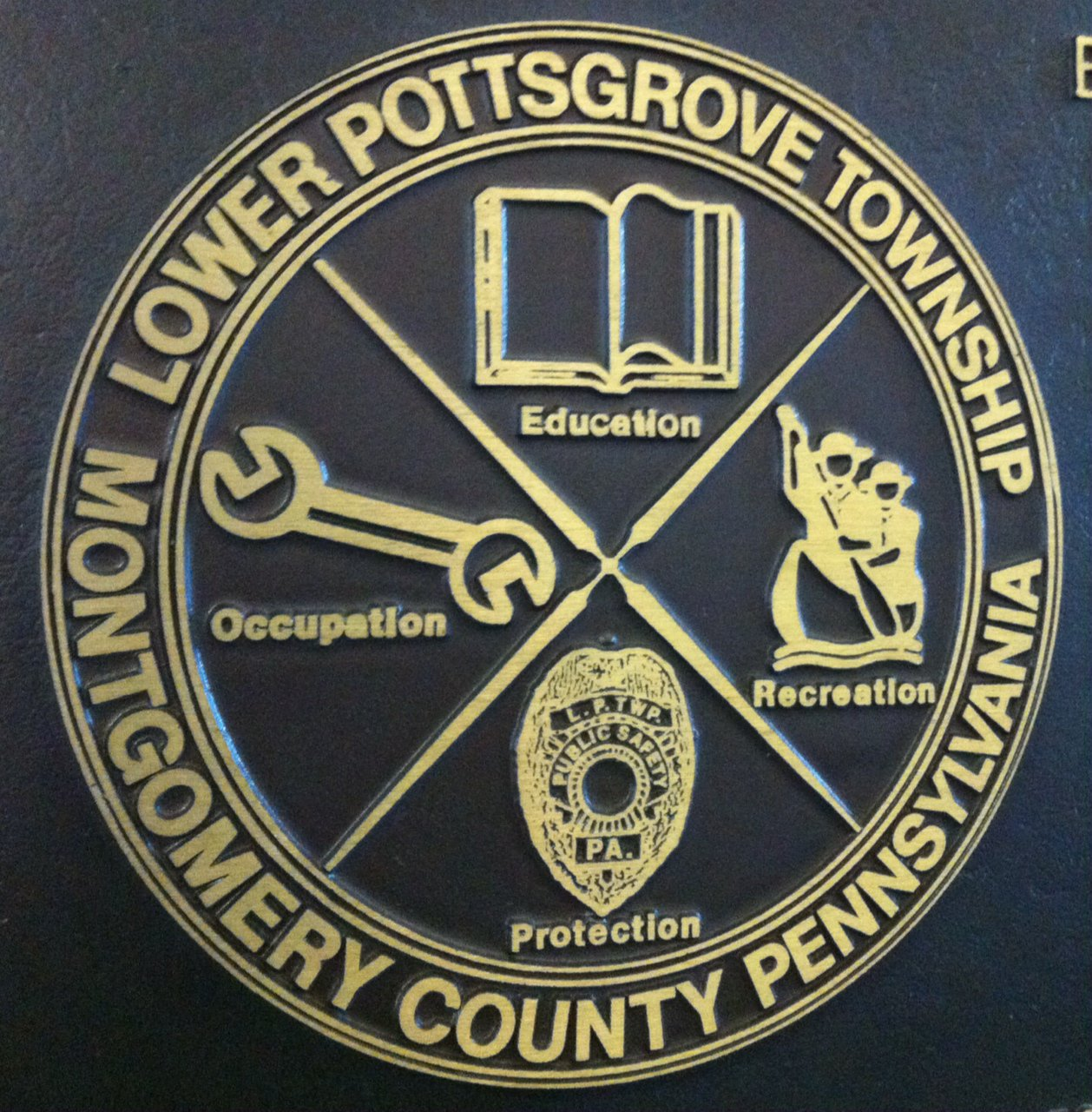 Head to Lower Pottsgrove Commissioners tonight, where discussion of the Route 422  Sanatoga Interchange in on the agenda. Follow along here. https://t.co/g1jz6ZzsVE