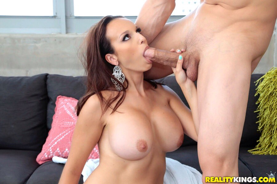 Episode gallery milf min seeker