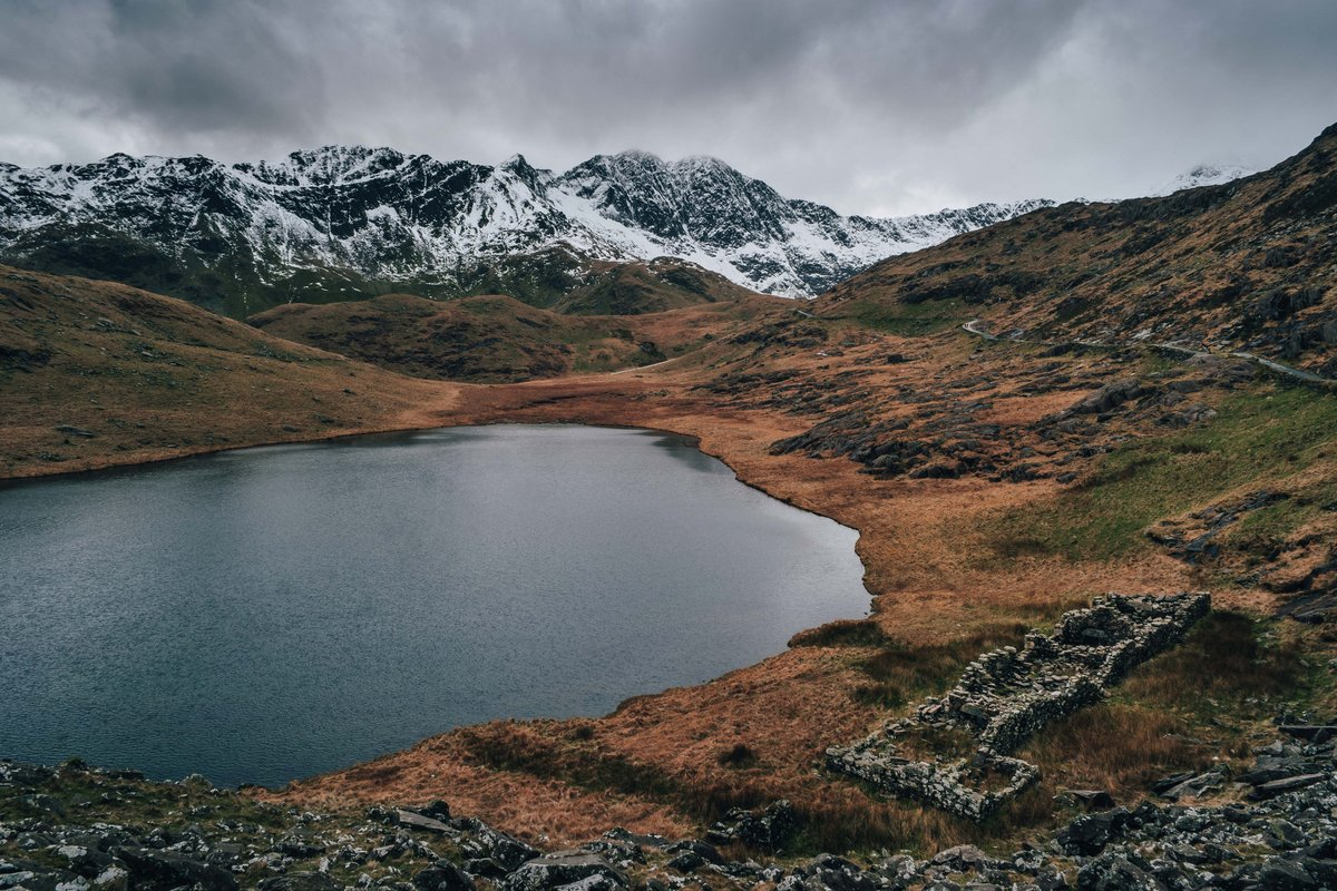 And finally, @LouisBrindle rounds off the shortlist with this fabulous shot from Snowdon #WexMondays https://t.co/90xdYpg2cE