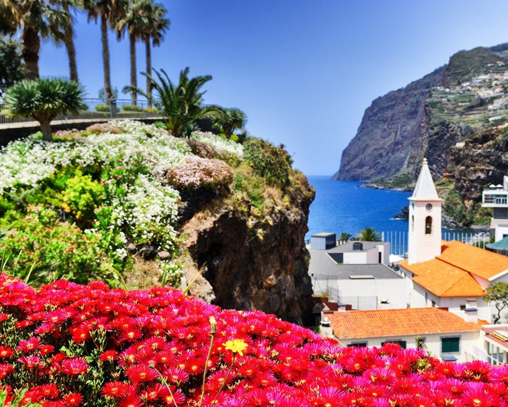 Madeiras sala tiek dēvēta par Atlantijas okeāna peldošo dārzu. https://t.co/3VzRj3pEga