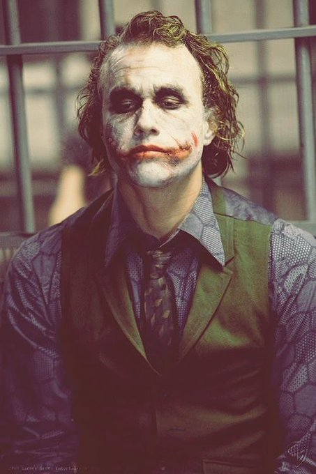 Happy birthday to one of my most favourite actors of this generation. Heath ledger. Rest in peace!