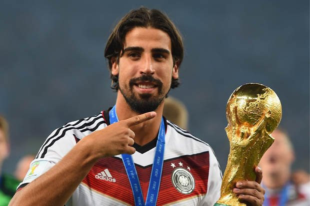 Happy 3  0  th birthday to Sami Khedira!  70 caps for Germany  12 trophies for club & country.