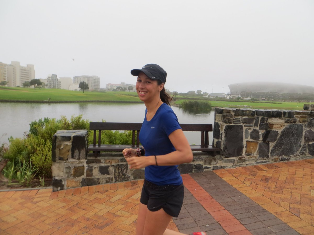 #sightrunning : even on a foggy wet day a bit of #urbantrail &amp; #historyontherun always goes down well :) #runningintherain @lovecapetown<br>http://pic.twitter.com/PqunIwCrsr