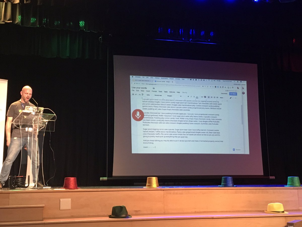 Time for a #demoslam on #googlevoice on #googledocs by @jayatwood. Check out that SLAM pose #edtechteam Was it a winning slam?<br>http://pic.twitter.com/1yEyUlDxIM