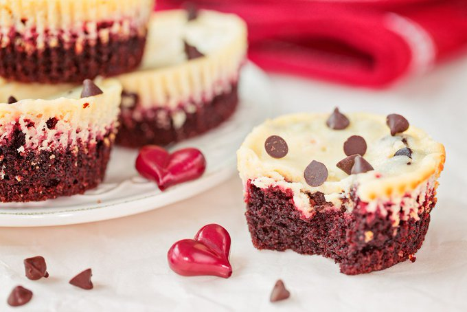 Airfryer Red Velvet Cheesecake Cupcakes
