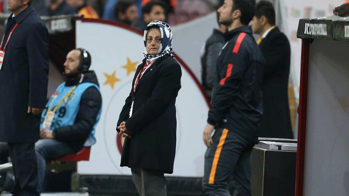 Женщина в турецком футболе «взорвала» интернет – ФОТО