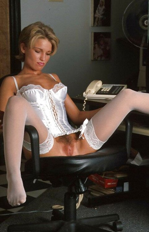 Tarty granny in stockings doubles up - 2 1