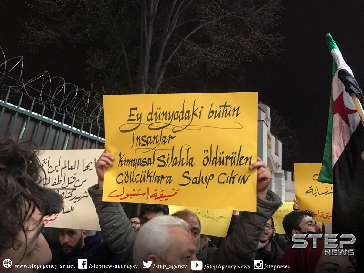 A demonstration with Turks and Syrians in front of the Russian Consulate in Istanbul condemning the chemical attack in Khan Shaykhon.