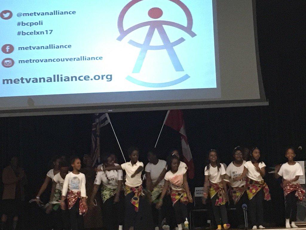 The Burundian Community Association of BC Youth Group kick off @MetVanAlliance event #bcpoli #bcelxn17 https://t.co/w85aDzk8Ek