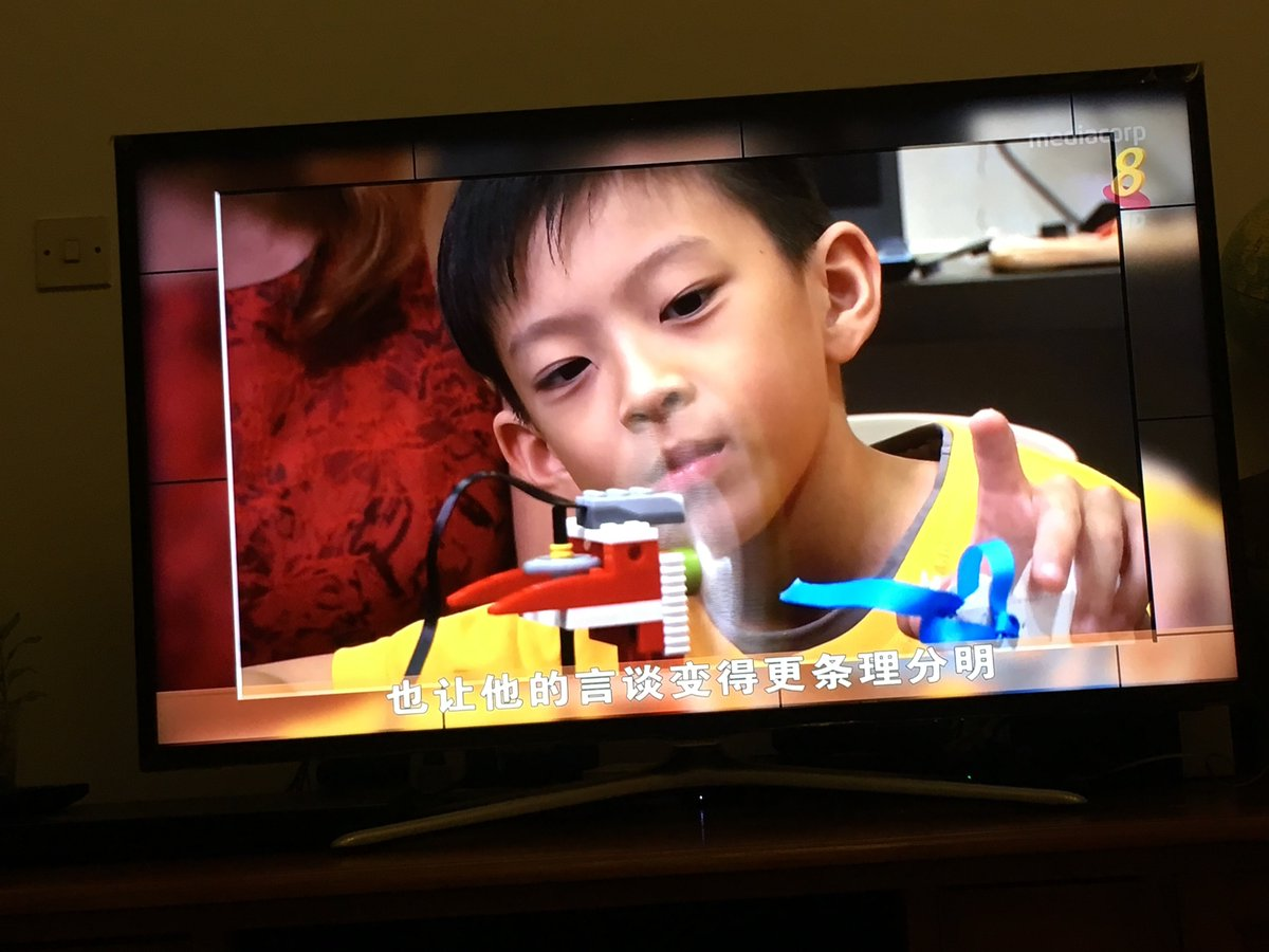 7 year Asher on national news demoing his #Scratch x #legoWedo project. #STEM #KidsCoding #STEMKids https://t.co/gpXvVvledv