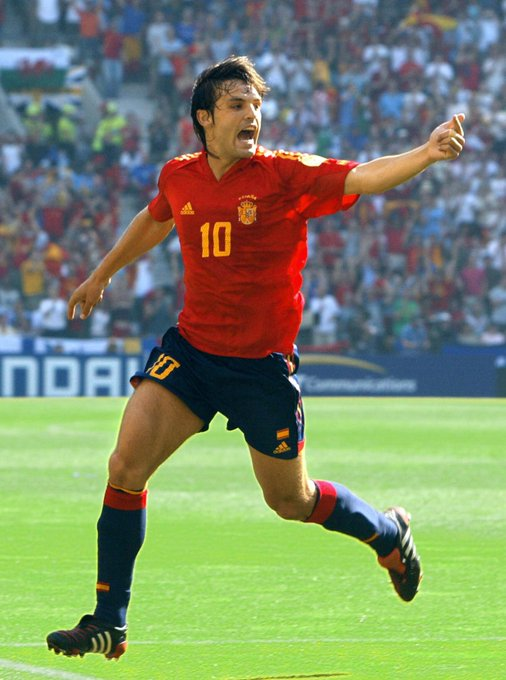 He scored 27 goals in 47 appearances for Spain...  Wish Fernando Morientes a happy 41st birthday!