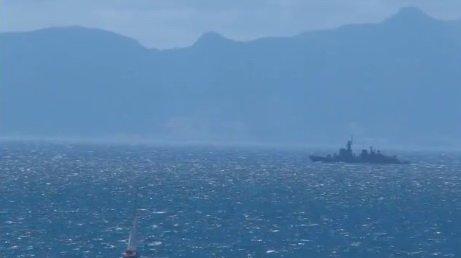 Іспанія відправила військовий корабель до узбережжя Гібралтару, уряд британської території назвав це