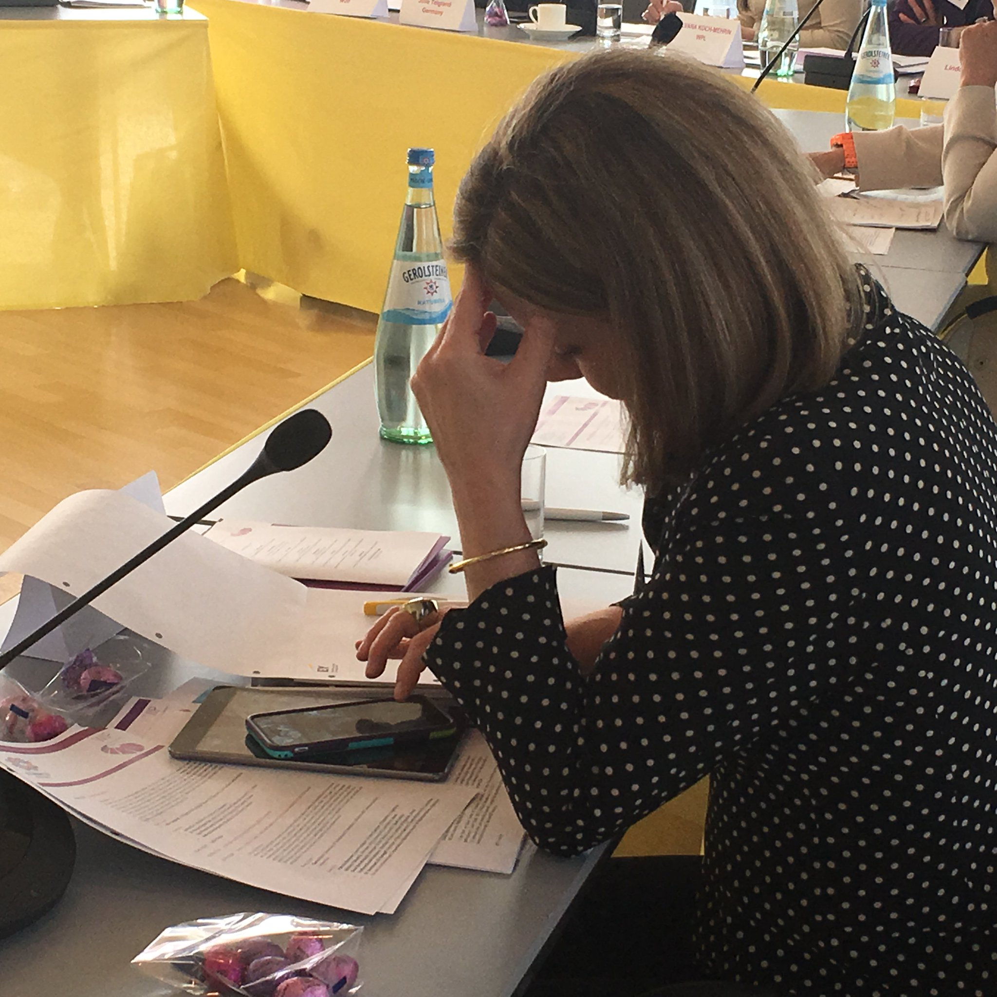 When #WomenPoliticalLeaders discuss #G20Digital, obviously they bring BOTH their #smartphone AND their #tablet 😀  https://t.co/3JPXJZokLn https://t.co/2SpipV97gV