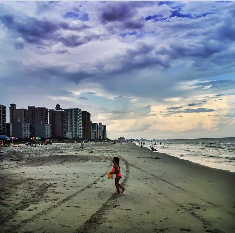 Sand castle prep at Myrtle Beach- https://t.co/rbkBNb2Z7d #Florida https://t.co/IRichY7KN1