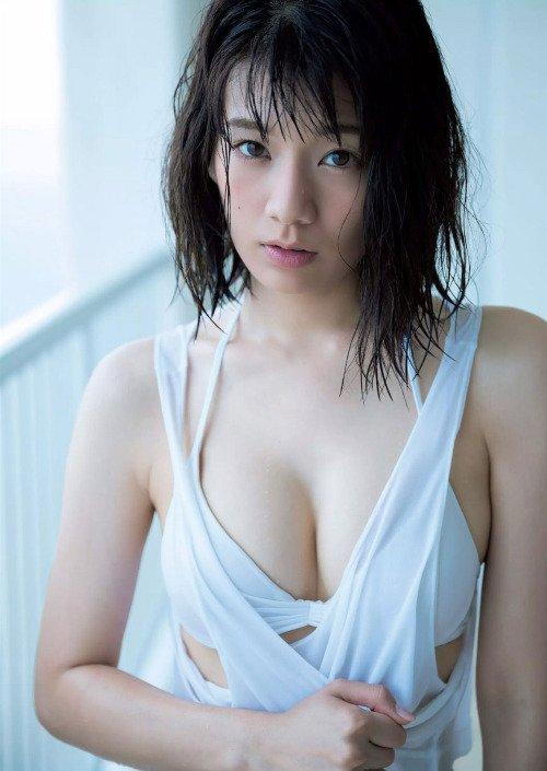 佐藤美希のセクシーな画像