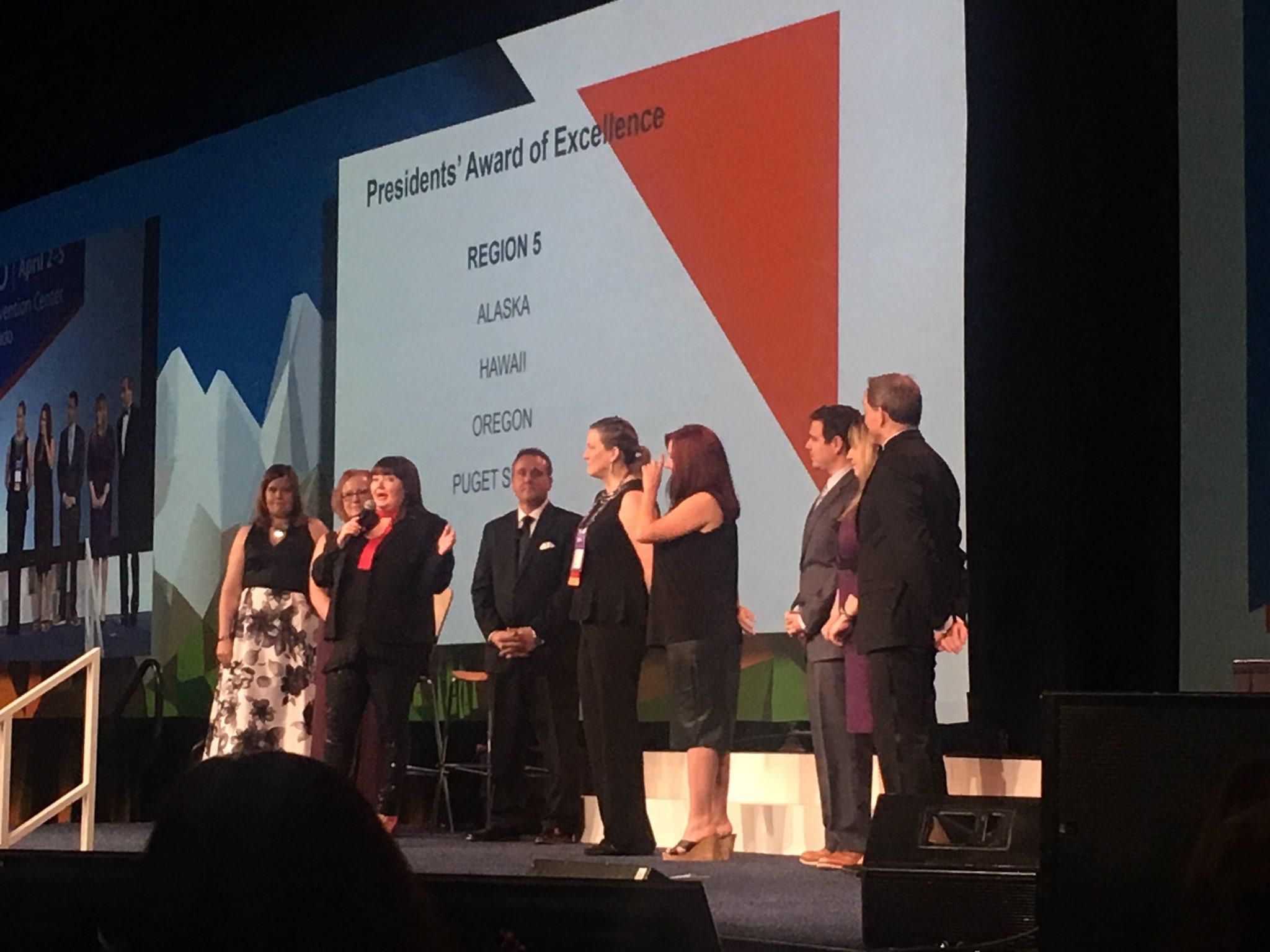 ALA Region 5 Presidents Award Recipients! Go OREGON CHAPTER! Congrats to Kathee Nelson! #ALAConf17 https://t.co/OiXA0HJHJN