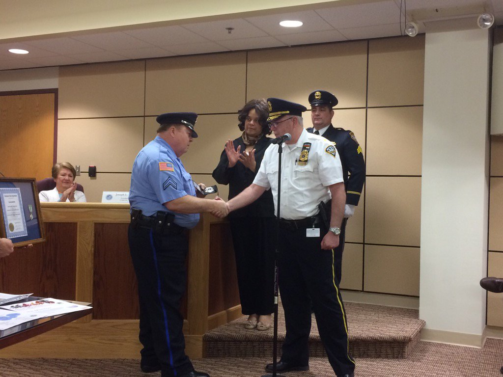 Police Cpl. Charlie McClincy honored for 44 years of service. https://t.co/0iJAoHs5gO