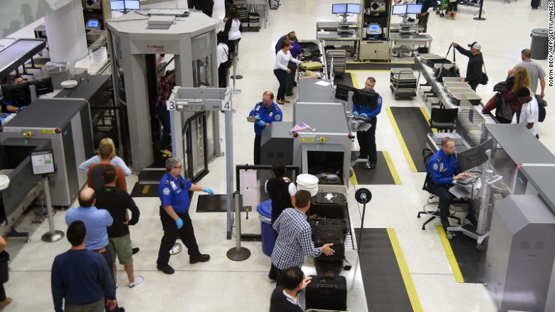 TSA site briefly and accidentally green lights medical marijuana on planes