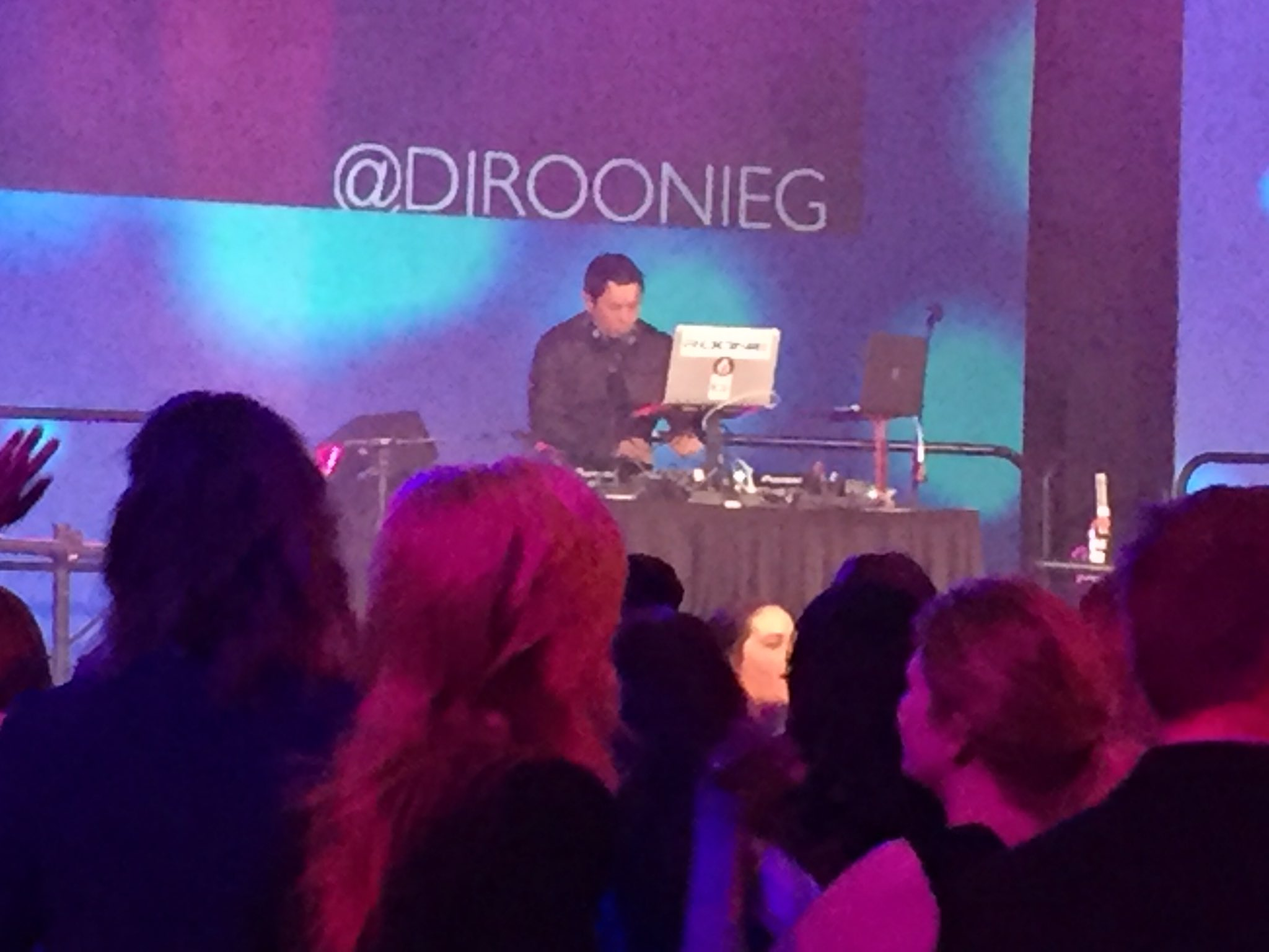 @DJRoonieG is in the house and all is well.  #ALAConf17 https://t.co/LfG6Yriehq