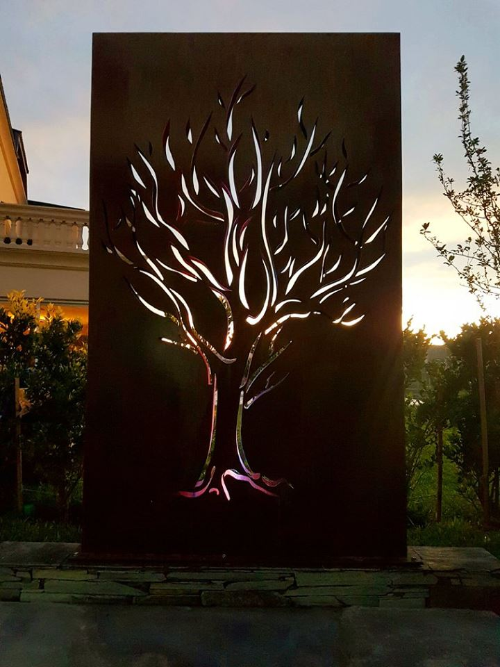 Laser Cut Corten Steel Garden Screens, Contact Us If You Are Interested. # Gardenpic.twitter.com/lJqdxYSapX