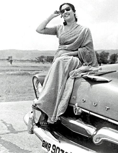 6th April . today is birthday of legendary actress Suchitra Sen . Happy birthday madam