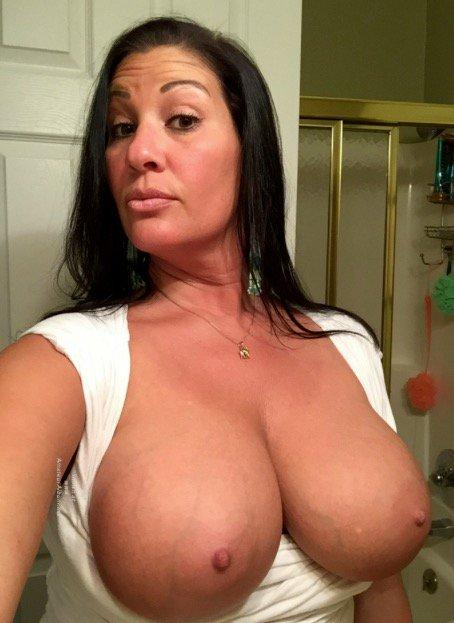 Nude Selfie 11009