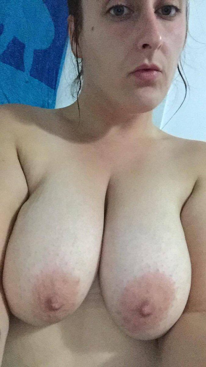 Nude Selfie 11015