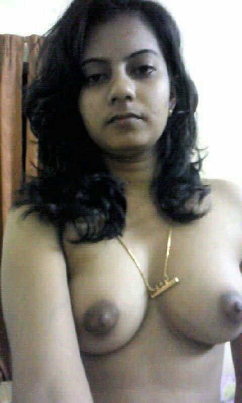 Nude Selfie 11028