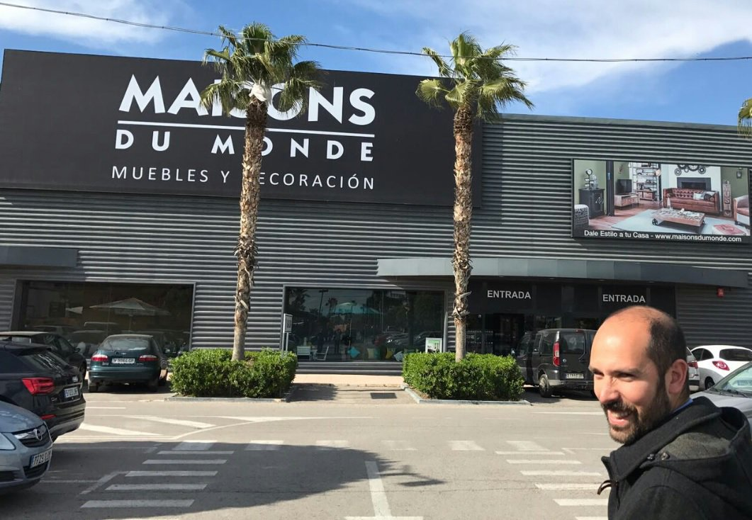 Maisons du Monde can double the number of stores in 5 years. At the current price, we expect double digit returns. Buy&amp;Hold. #maisonsdumonde <br>http://pic.twitter.com/yxnTqDBINp