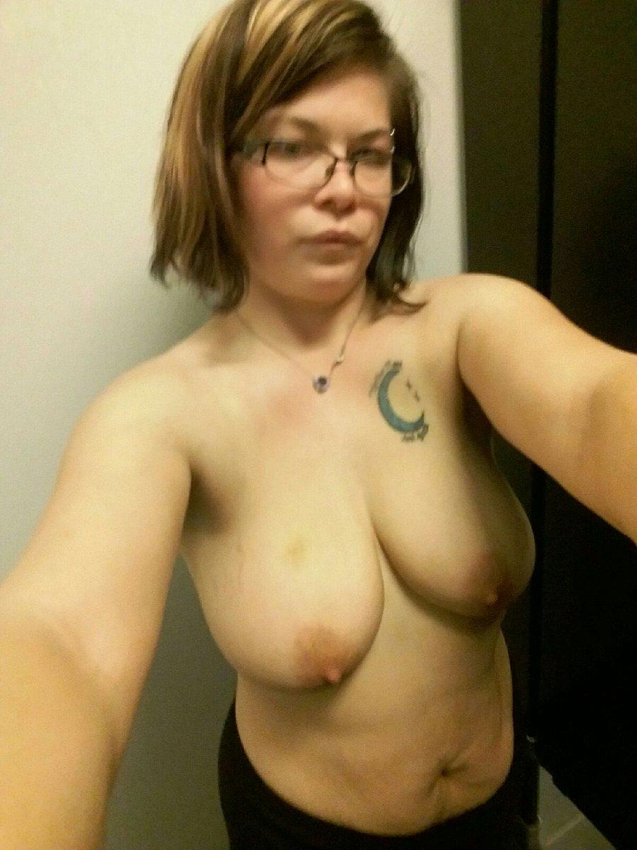 Nude Selfie 11041