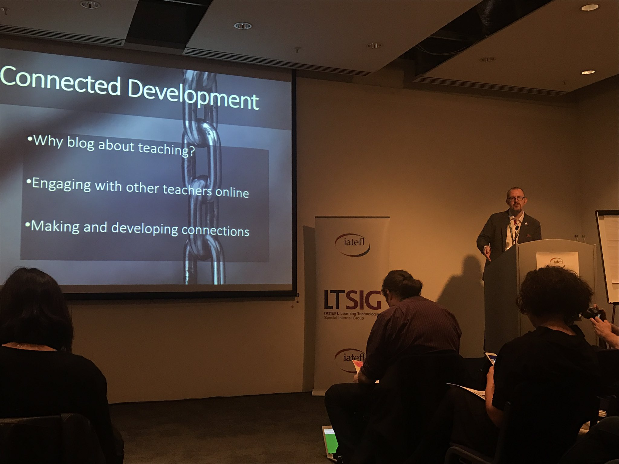 Listening to @DaveDodgson on connected development--one which we've kinda of grown up together in. #iatefl2017 #LTSIG https://t.co/4IJb4OKsTq
