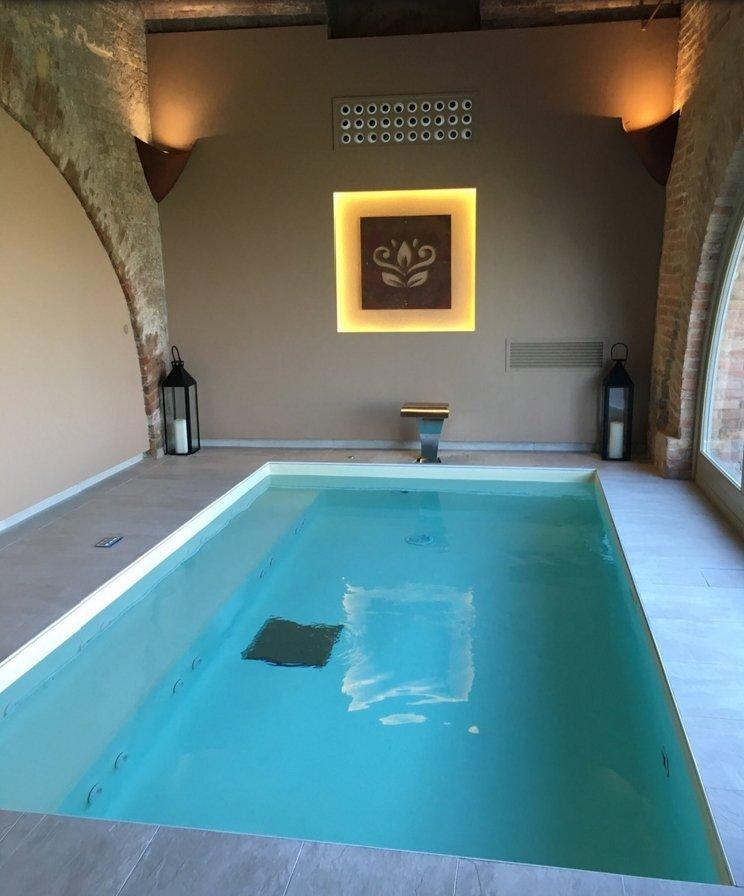 Villa fontana relais villafontanaagl twitter - Piscina interna casa prezzi ...