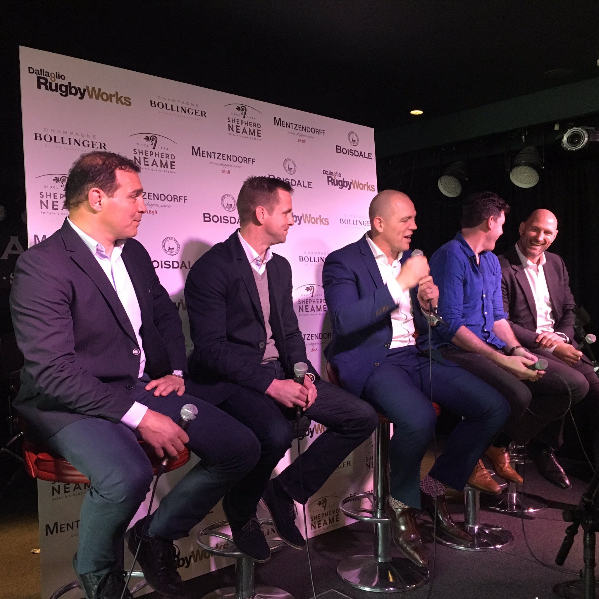 What an awesome line up of rugby legends! And the stories... All in aid of #RugbyWorks @Boisdale https://t.co/u06locAllp