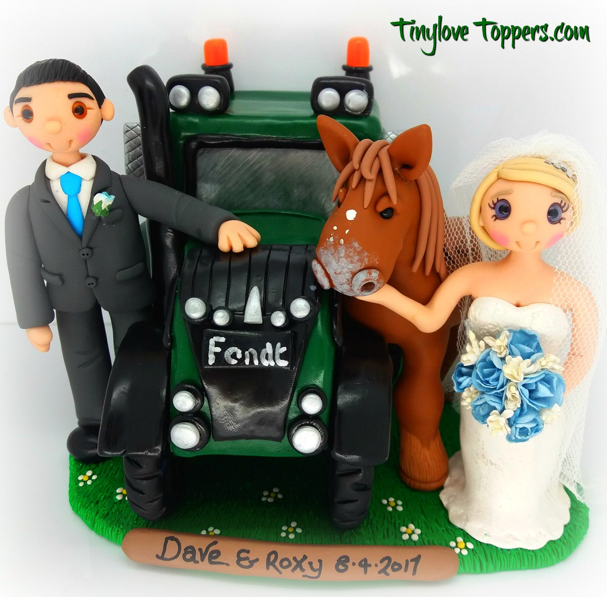 Wedding Cake Toppers (@Tinylovetoppers) | Twitter