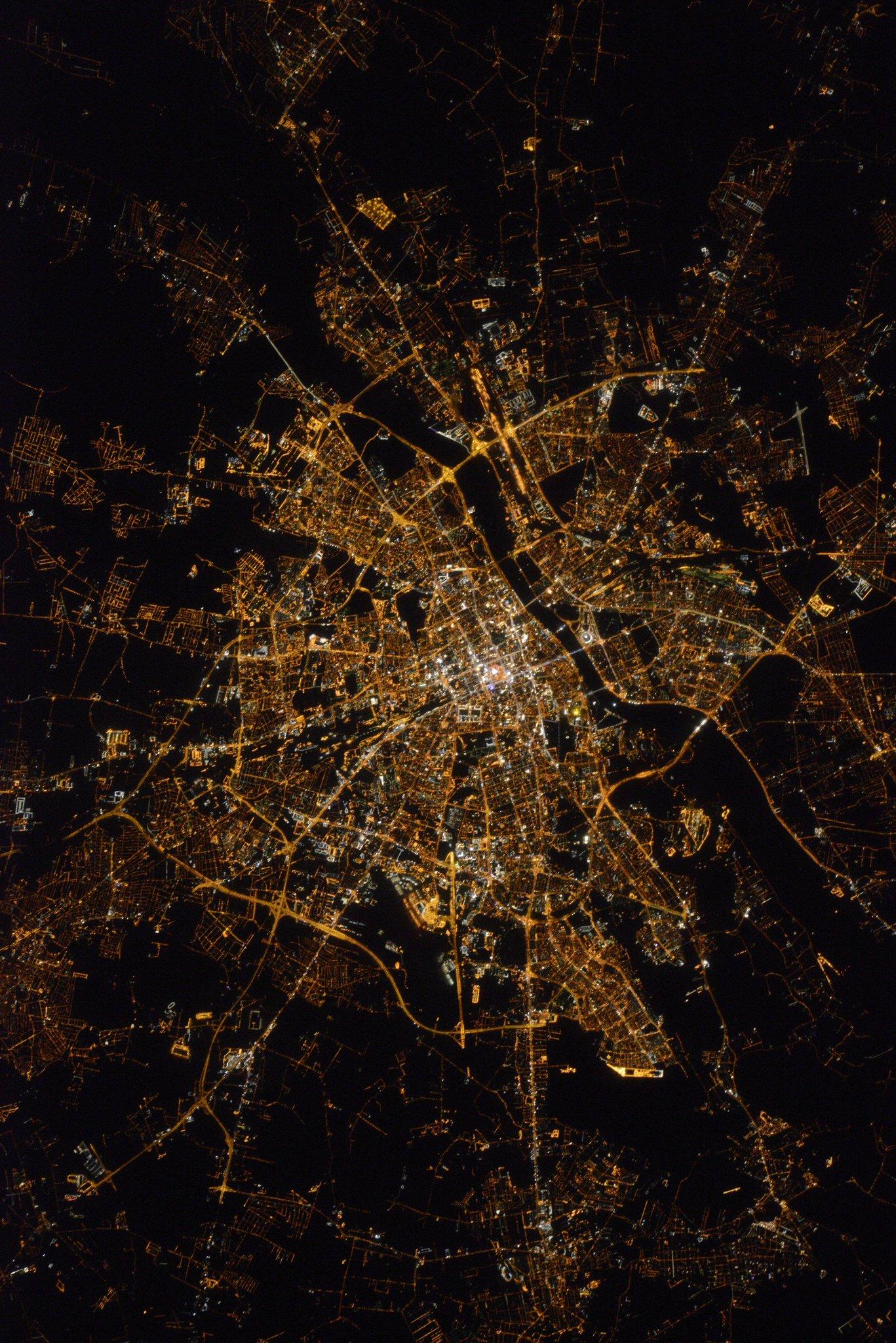 spacecraft krakow - photo #13