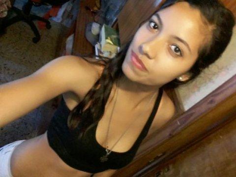Ahora #online en su #webcam:Disfruta de la webcam porno de nuria-rosas, 21 https://t.co/y3sFFgTrt1 https://t.co/T2htN1Yy8t